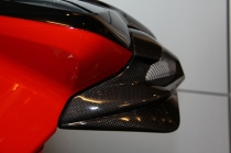 B4 Right panel for airbox in carbon fiber (with Transparent Avio)
