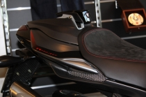 B4 Right panel beneath seat in carbon fiber (personal graphics Star.)
