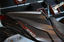 B4 Single seat tail in carbon fiber (personal graphics Star.)