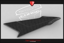 B4 Right fuel tank panel in carbon fiber (in natural state)
