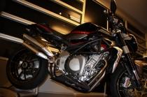 . B4 Kit TT1 MT Limited Edition RTCE00017